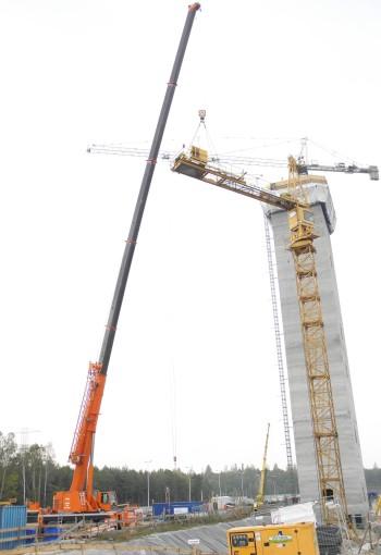 Usługi Dźwigowe Jakim - Montaż żurawia wieżowego.
